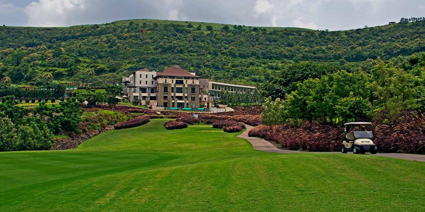5 Star Resorts In Pune At The Oxford Golf Resort